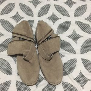 Hush puppy taupe boots